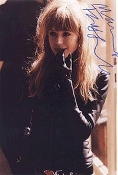 http://radio-drachengold.de/Autogramme/443Faithful,_Marianna.jpg